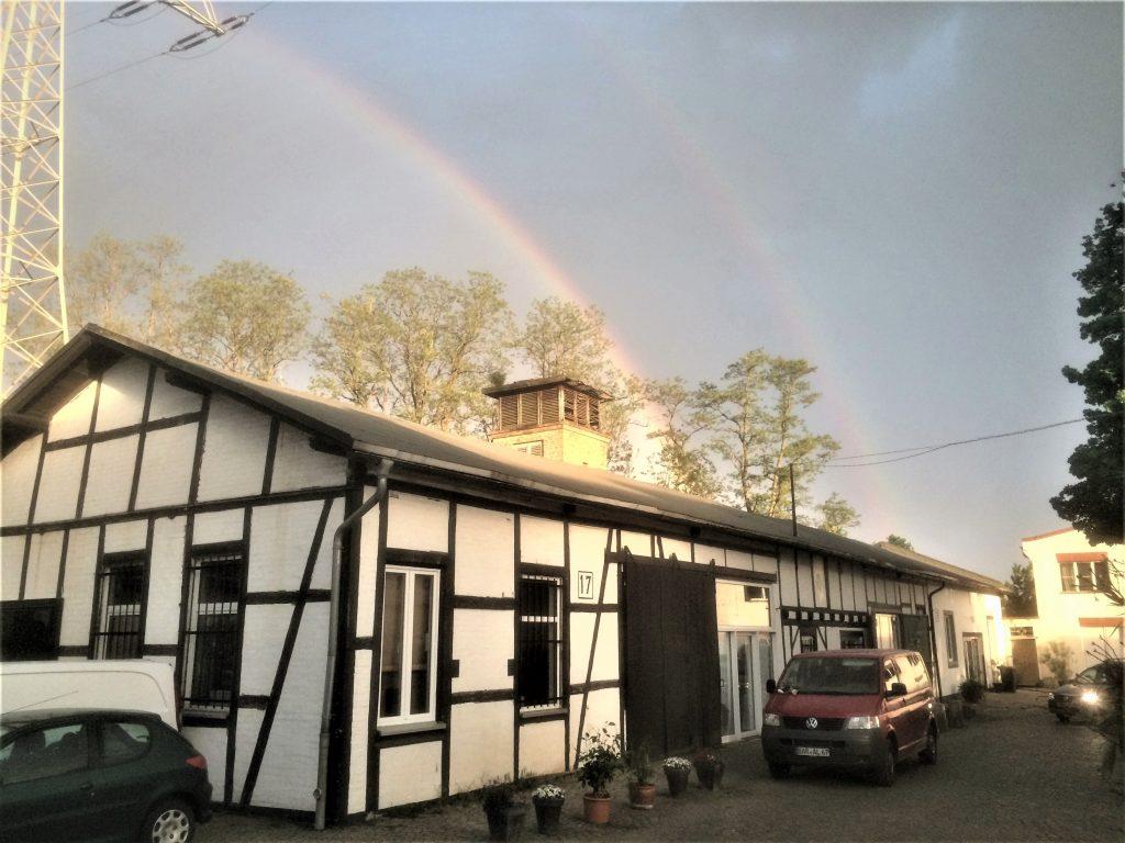 180510 Haus17 + regenbogen 4